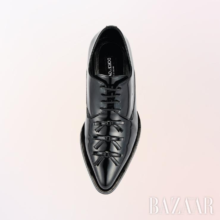 로퍼는 가격 미정 Dolce & Gabbana.