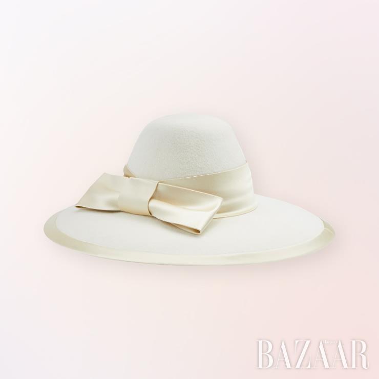 모자는 1백34만원 Gucci.