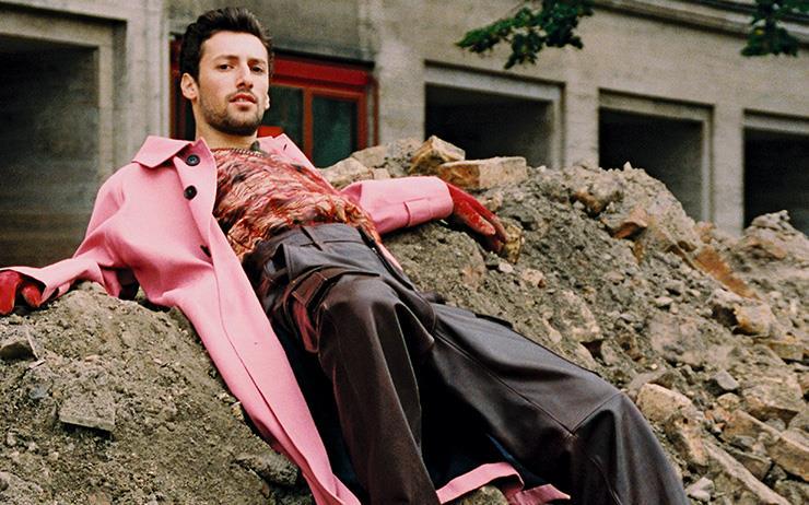 베를린 남자들의 코트 입는 법.