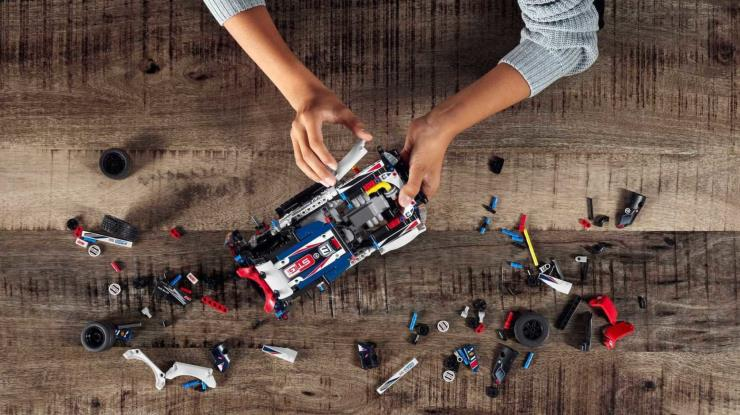 Lego X Top Gear Rally Car