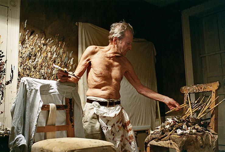 루치안 프로이트의 옛 조수였던 영국 아티스트 데이비드 도슨의 사진. 〈Working at Night〉(2005), David Dawson/Bridgeman Images