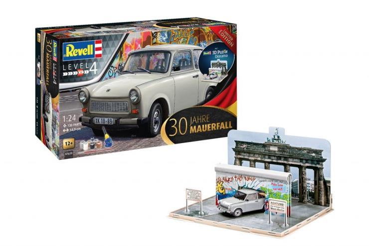 Revell X Berlin Wall
