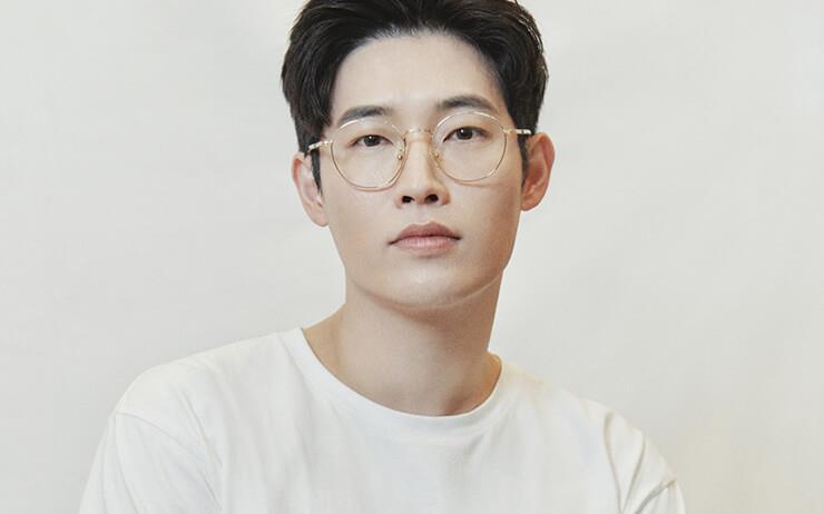 2019년, 파리의상조합에 국내 최연소 정회원으로 합류해 파리 패션위크 무대에 데뷔한 김해김의 디자이너 김인태를 만났다.