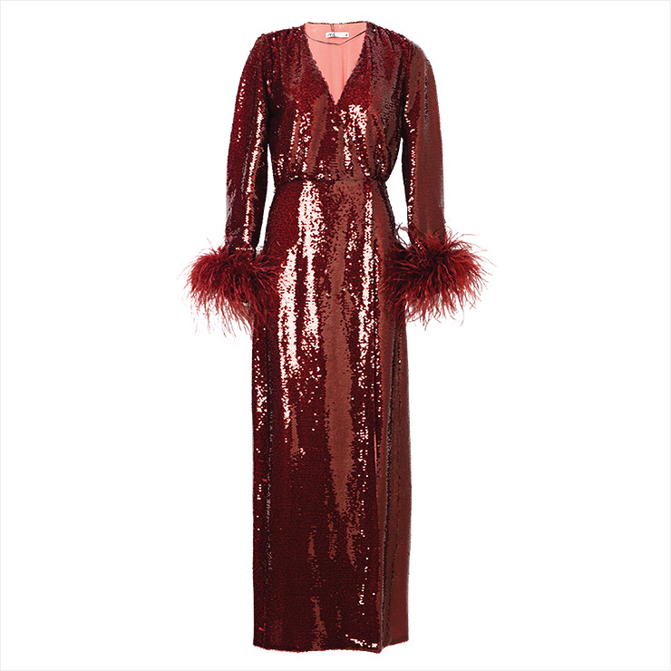 스팽글 장식의 롱 드레스는 23만9천원, Zara.