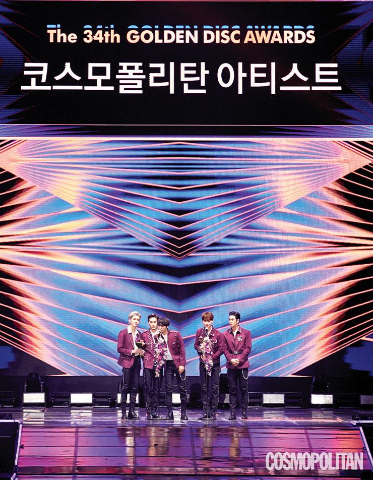2019년, 3년 만에 완전체로 미니 앨범 2장을 발표한 뉴이스트는 코스모폴리탄 아티스트상과 음반 본상을 수상해 2관왕에 올랐다.