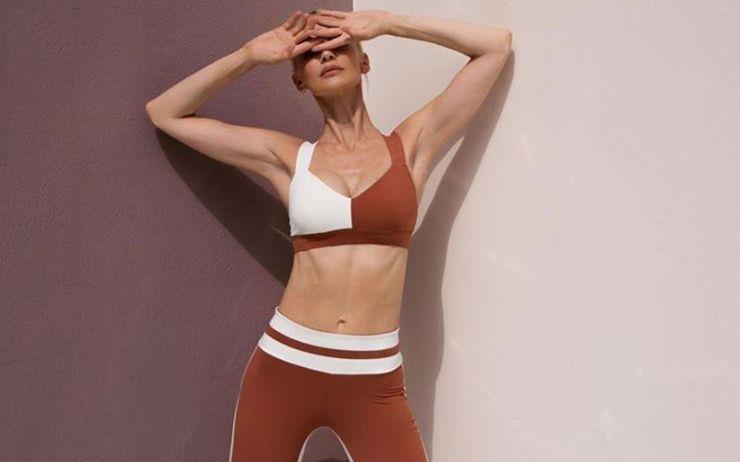 고칼로리 음식에 늘어난 뱃살 뽀개기는 오늘부터! 운동하러 가고 싶게 만드는 예쁜 운동복 브랜드를 소개합니다.