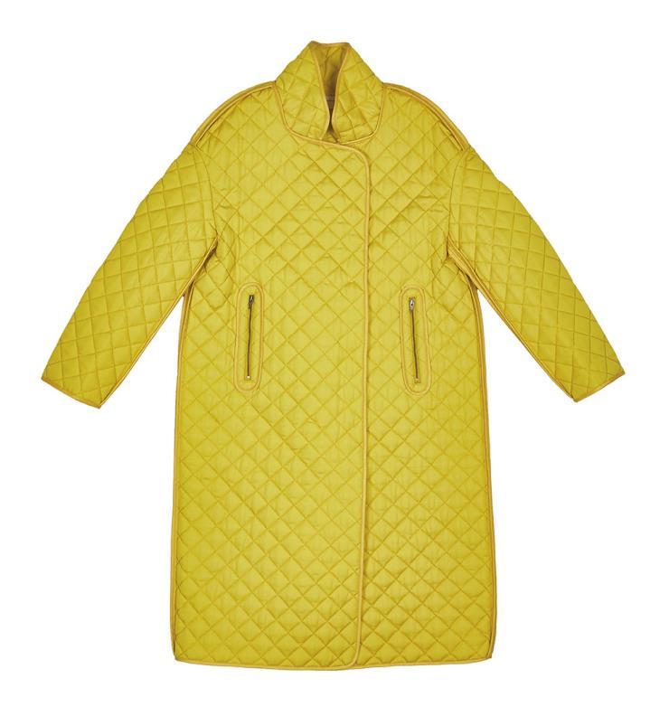 옐로 컬러가 산뜻한 퀼팅 코트는 51만9천원, Wnderkammer.