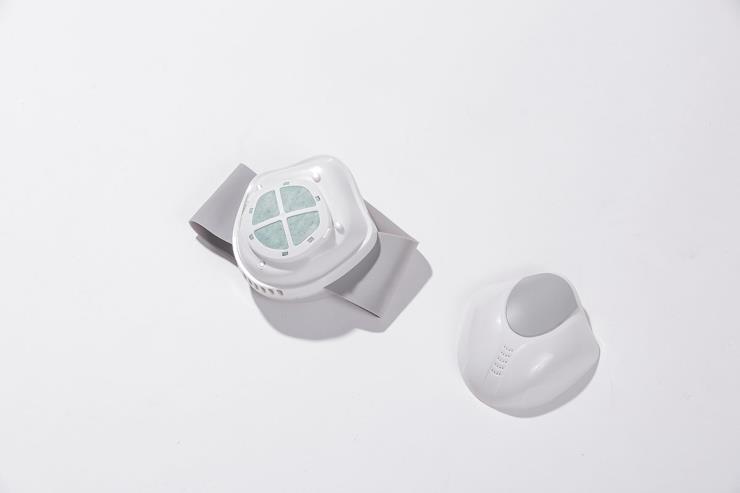 아이퓨어의 공기청정기 마스크
