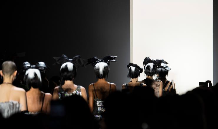 뉴욕 패션위크를 앞두고 갑자기!