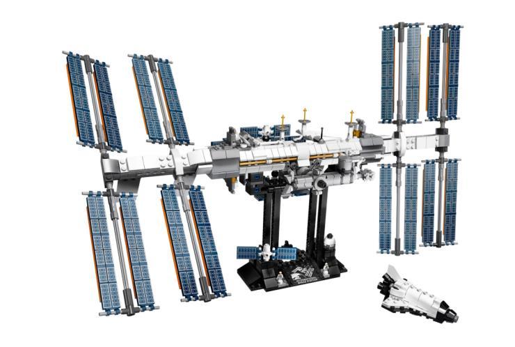 레고 아이디어 10주년을 기념해 출시했다.