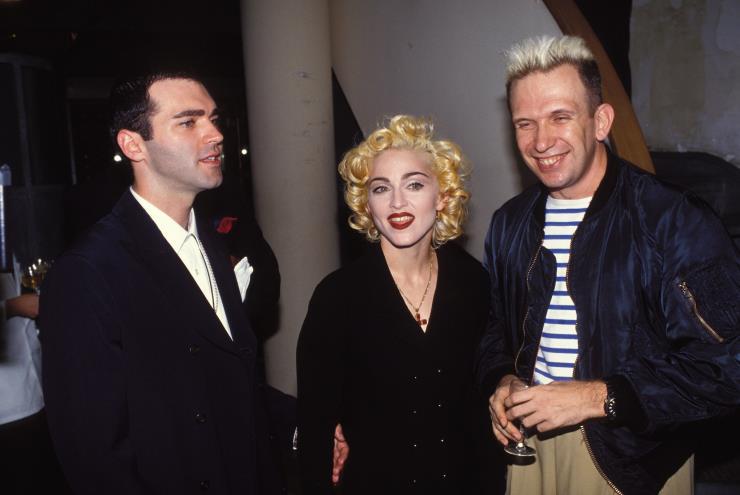 마돈나와 그의남동생과 함께. 1990 년
