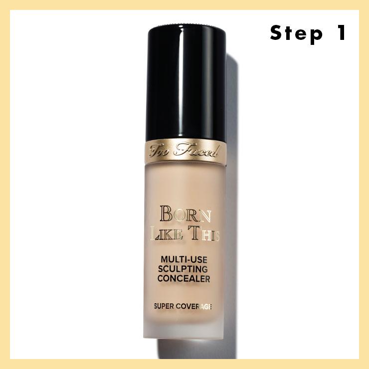 STEP 1 → 자연스러운 윤기가 흐르는 스킨을 연출할 것. 수분 팩으로 피부에 충분한 보습을 해준 다음 컨실러로 눈 밑 다크서클이나 코 주변의 결점 정도만 가려주면서 미니멀한 피부로 표현한다.