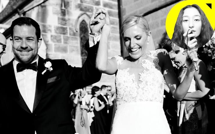 나는 결혼식을 하지 않았다. 불필요한 번뇌와 공장식으로 찍어내는 듯한 웨딩이 싫었다. 하지만 결혼 5년이 지난 지금, 왜 결혼'식'이 필요한지, 그 이유를 알 것만 같다. 김모아 작가의 '무엇이든 감성 리뷰' 열아홉 번째.