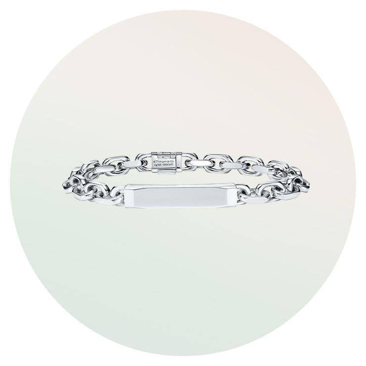 실버 소재의 '티파니 1837 마커그' 컬렉션 ID 체인 브레이슬릿은 Tiffany & Co.