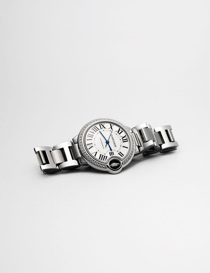 발롱 블루 드 까르띠에 스틸 주얼리 워치는 가격 미정, Cartier.