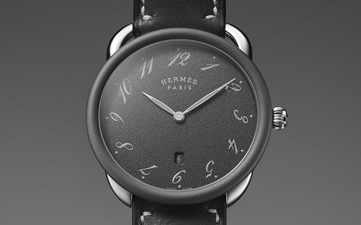 더할 나위 없이 좋다.  간결해서 더 아름다운 시계.