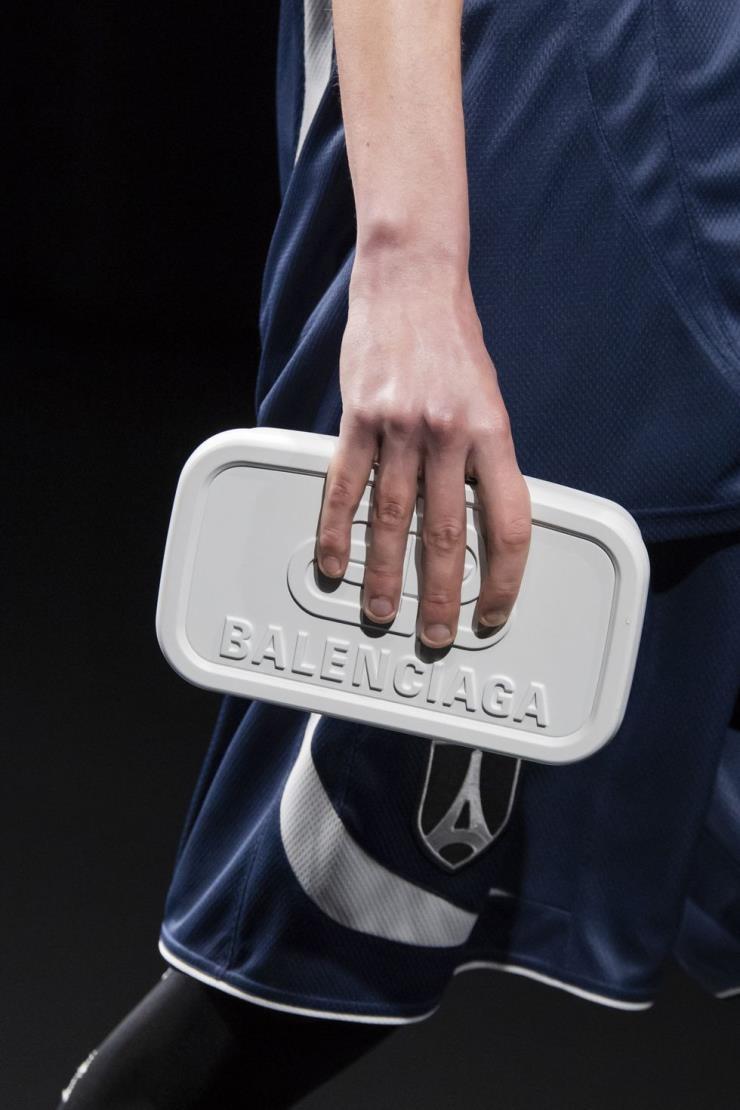 2020 F/W Balenciaga