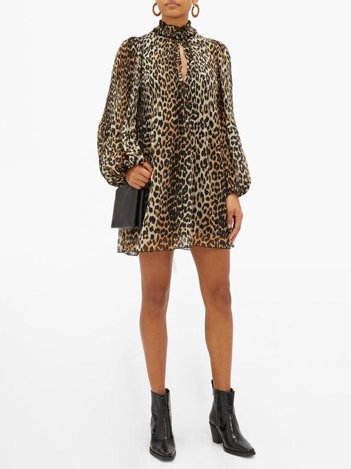 레오퍼드 패턴의 A라인 드레스는 21만원, GANNI by MATCHESFASHION.