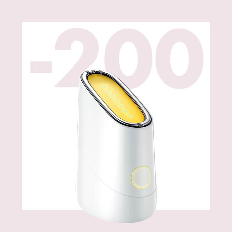 블루와 옐로, 레드 세 가지 파장의 LED 빛과 미세 전류로 관리해 주는 디바이스 스킨 라이트 테라피 II. 3분 사용으로 간편하게 피부를 업그레이드해 준다. 20만원대, make on.