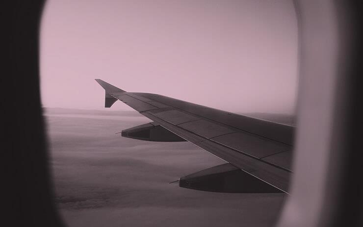 여행이라는 경험과 여행지에서 쓴 글은 분명 다르다. 그러나 창밖의 풍경이 원고를 완성하도록 도와주지는 않았다.