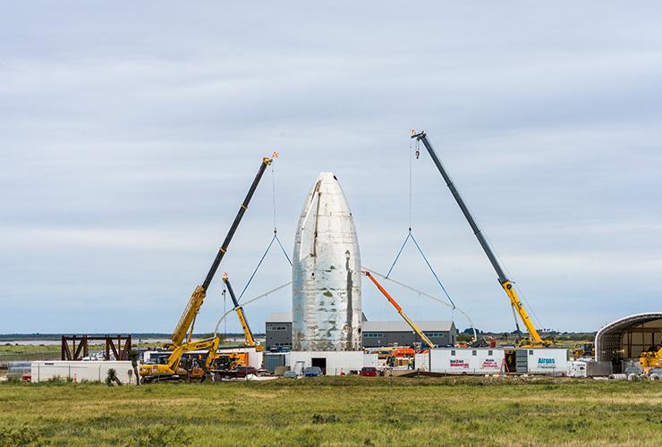 2019년 11월 압력 테스트 중 MK1의 칸막이 벽이 하늘 높이 솟구쳤다. 스페이스X는 MK1을 해체하는 동시에 다음 프로토타입 생산에 박차를 가했다.