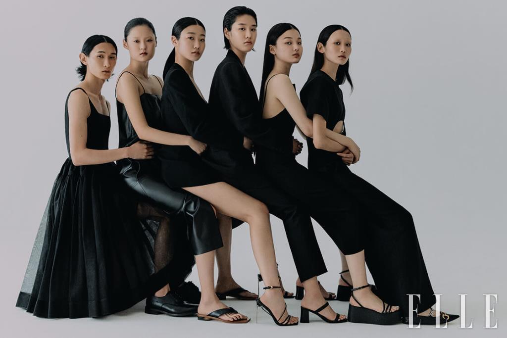 폴이 입은 리틀 블랙 드레스는 가격 미정, Minjukim. 더비 슈즈는 25만원, COS. 다영이 입은 레더 드레스는 가격 미정, Daejoongso. 통은 가격 미정, Givenchy. 현재가 입은 드레킷과 샌들은 가격 미정, 모두 Versace. 지지가 입은 수트는 가격 미정, Kimseoryong. 뮬은 11만원, & Other Stories. 주향이 입은 슬립 드레스는 15만원, COS. 플랫폼 샌들은 96만원, Gianvito Rossi. 주원이 입은 점프수트는 4백10만원, 슈즈는 1백12만원, 모두 Gucci.