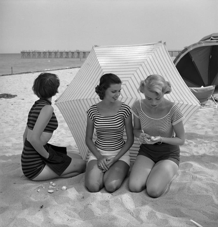 1950년, 미국 플로리다의 한 해변에서 촬영된사진 @ 게티 이미지
