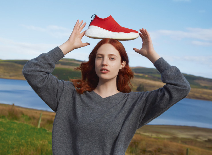 The ultimate edition of Stella McCartney-style vegan shoes, LOOP sneakers