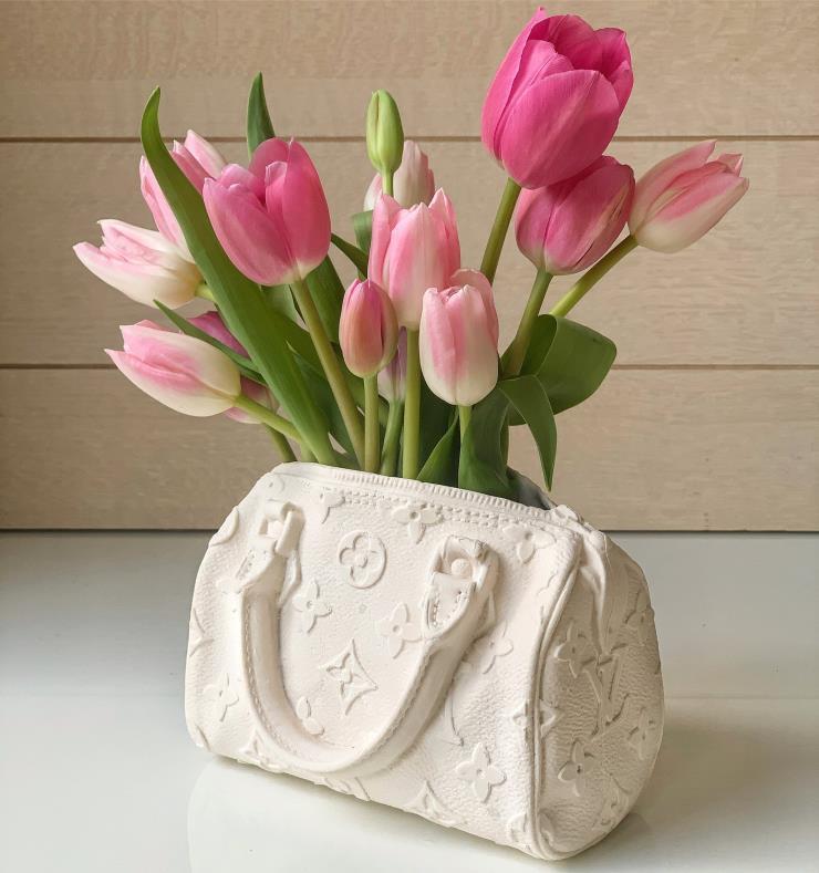 Bodega Rose_LV vase