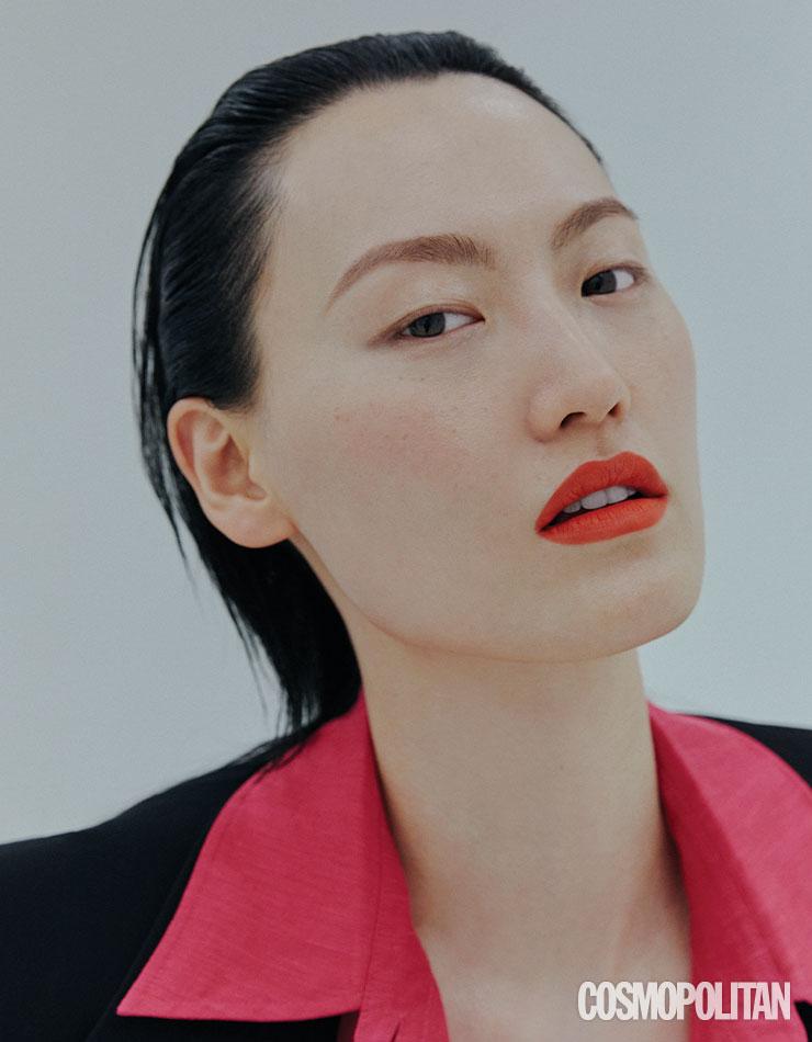 재킷 가격미정 보테가 베네타. 셔츠 9만9천원대 H&M 스튜디오.
