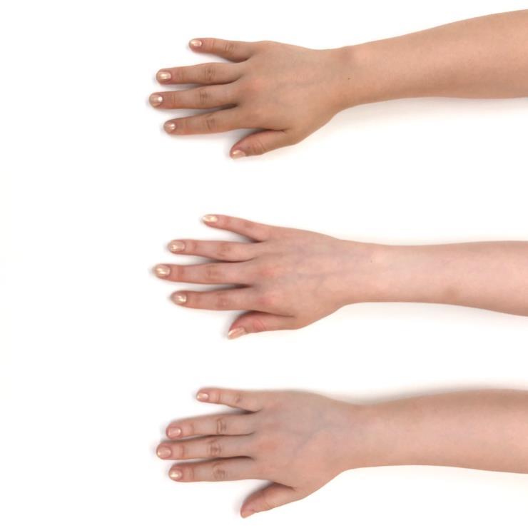 제이한나 아코야(AKOYA) 〈폴리쉬의 선명한 색감을 위해 3번 바른 후 촬영 진행 / 왼쪽 순서부터 1, 2, 3〉