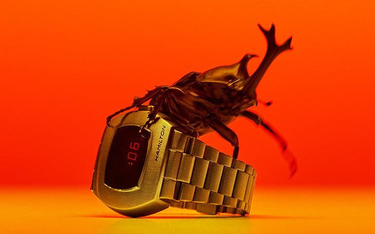"""네 명의 사진가에게 부탁했다. """"원하는 시계를 원하는 방식으로 찍어주세요."""" 이 사진들은 그에 대한 결과물이다."""