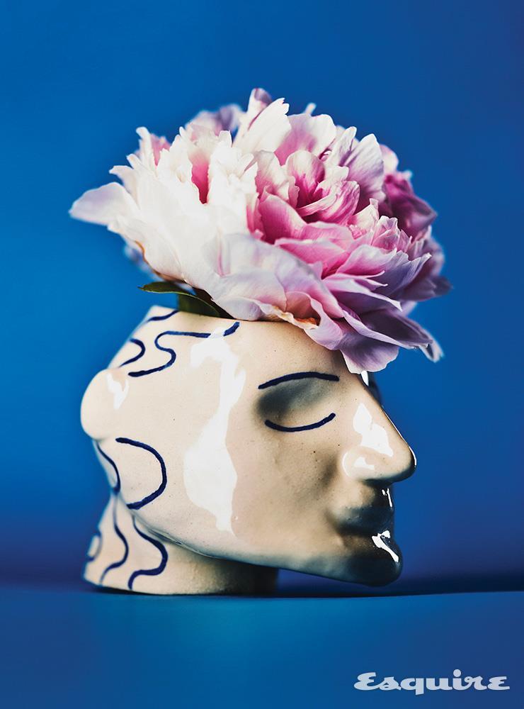 영국 작가 소피의 'Head Planter'. 주먹만 한 크기의 소두다. 8만8000원 Sophie Alda by Pakkookii.