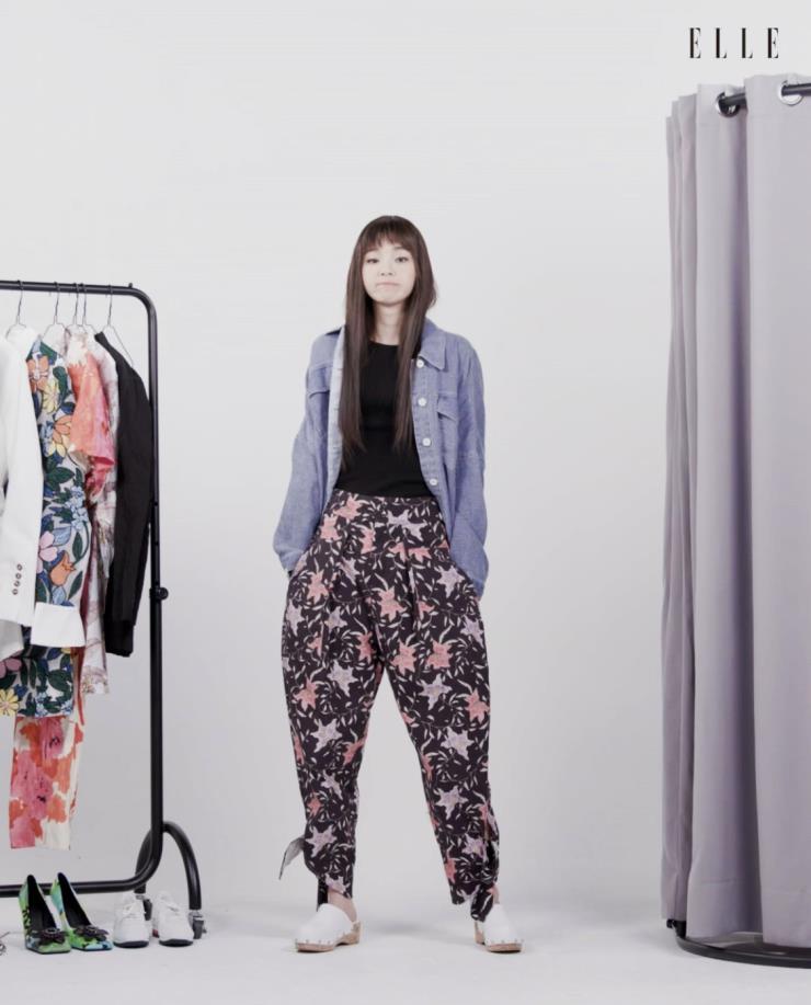데님 셔츠는 Zara.