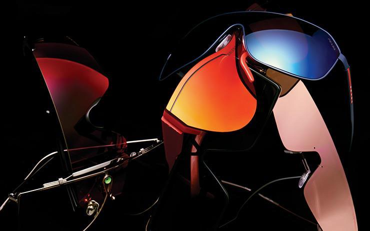 일체형 선글라스의 등장.