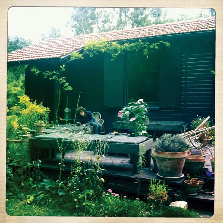 안락한 그녀의 오두막집.
