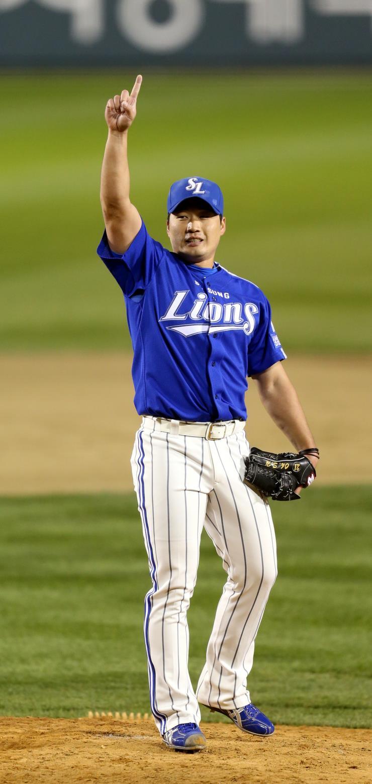 오승환은 72경기 징계를 마치고 6월 9일 복귀할 예정이다.