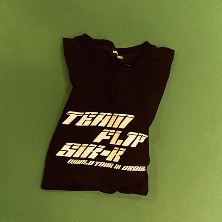 내가 직접 디자인해서 더 애착이 가는 아티스트 티셔츠.