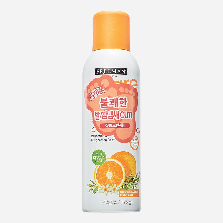 오렌지 향과 티트리 성분이 땀으로 인한 발 냄새 걱정을 덜어준다. 쿨링 효과로 상쾌한 마무리가 특징. 오렌지 블라섬&티트리 데오드라이징 풋 파우더 스프레이 128mL/1만5000원 프리맨.