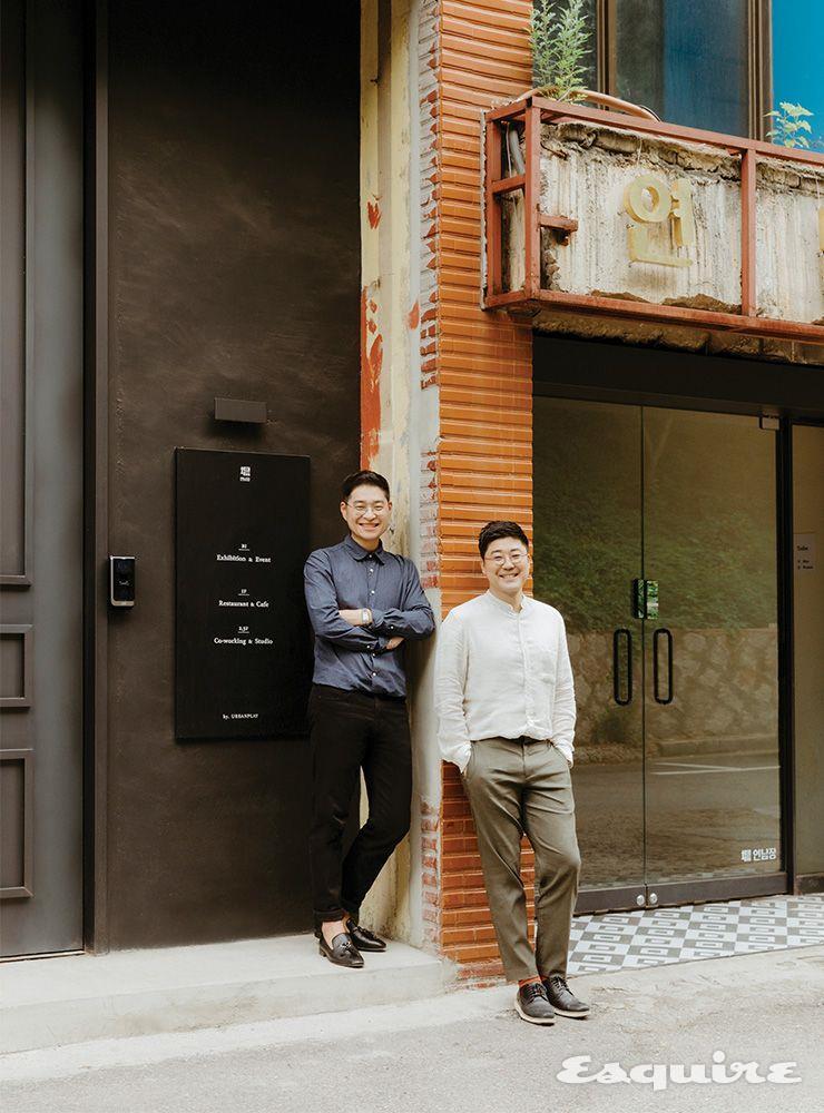 어반플레이 홍주석 대표(앞)와 임동길 크리에이티브 디렉터.