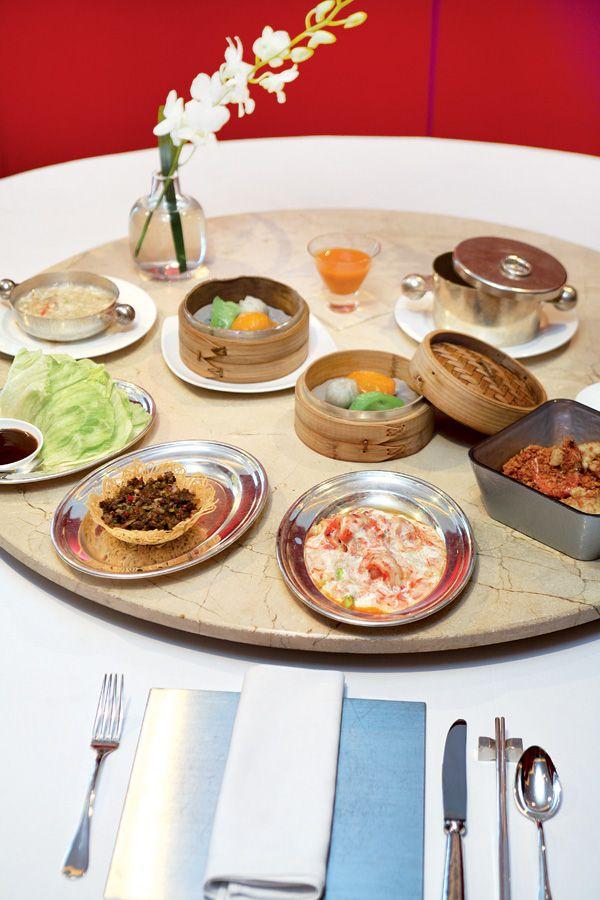 함께 먹으면서도 덜어 먹는 수저와 개인 수저를 엄격히 구분하는 중식. JTBC Plus 자료실
