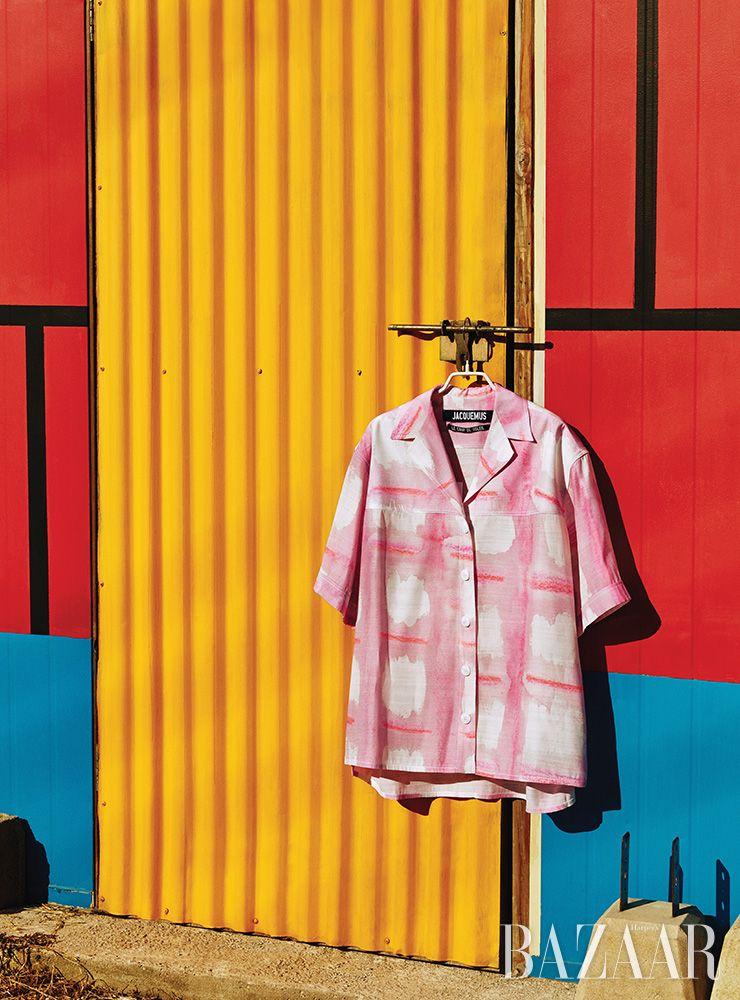 셔츠는 97만원 Jacquemus by Mue.