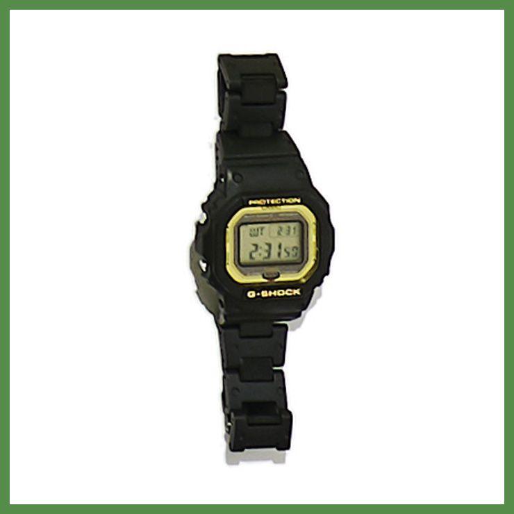 블랙 컬러 손목시계 22만5000원 지샥.