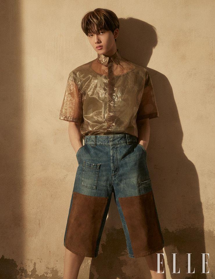 셔츠와 팬츠는 모두 Fendi. 이너 웨어는 Zara.