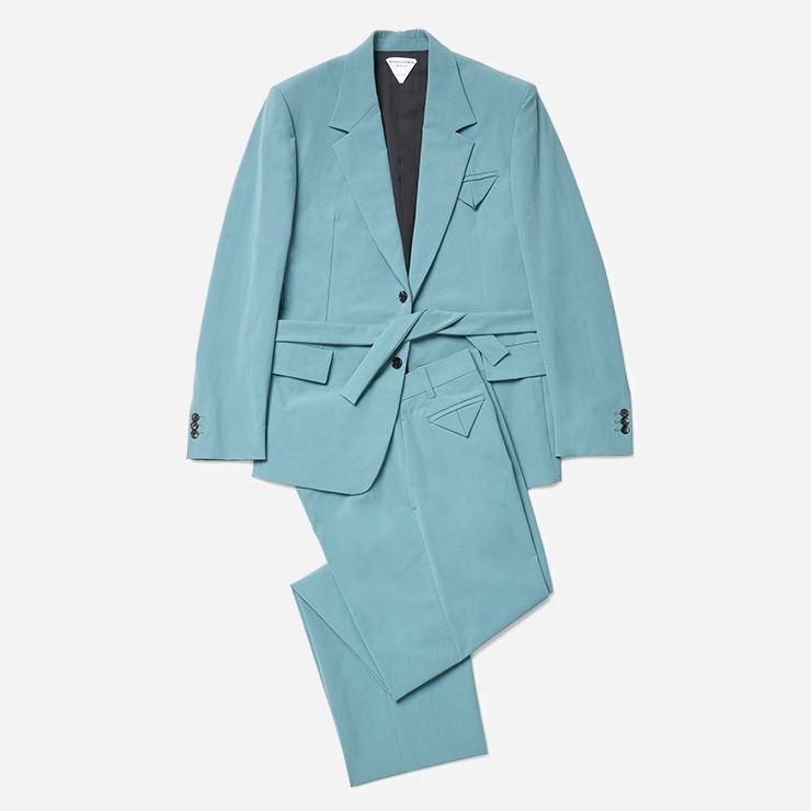 블루 컬러 재킷 가격 미정, 블루 컬러 팬츠 110만5000원 모두 보테가 베네타.