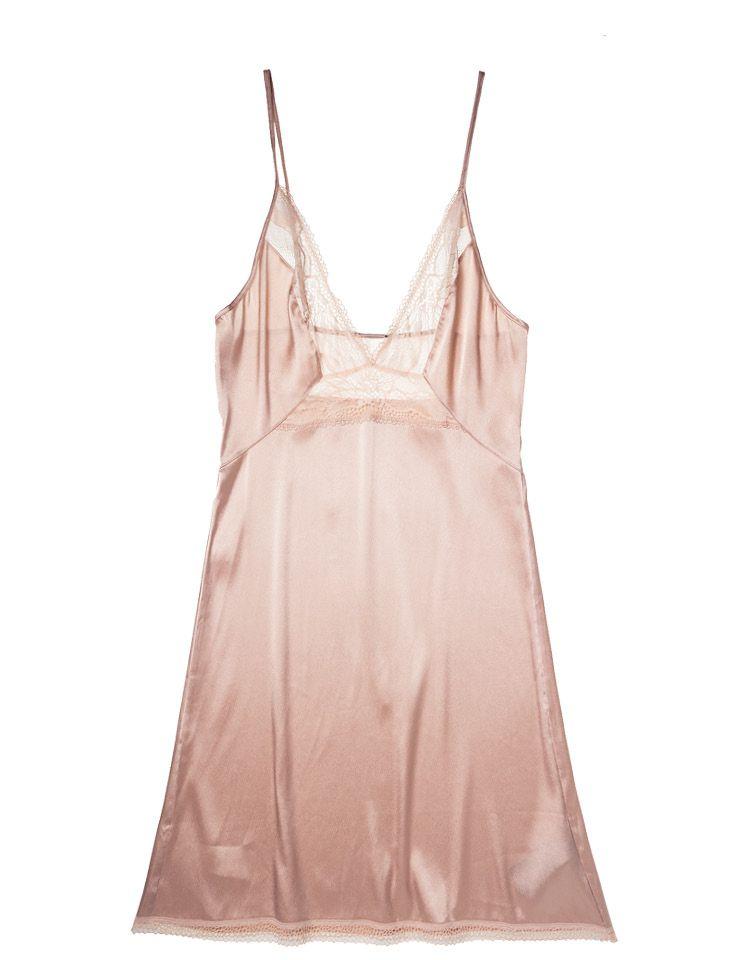 레이스 디테일 실크 슬립 17만9천원, Calvin Klein Underwear.