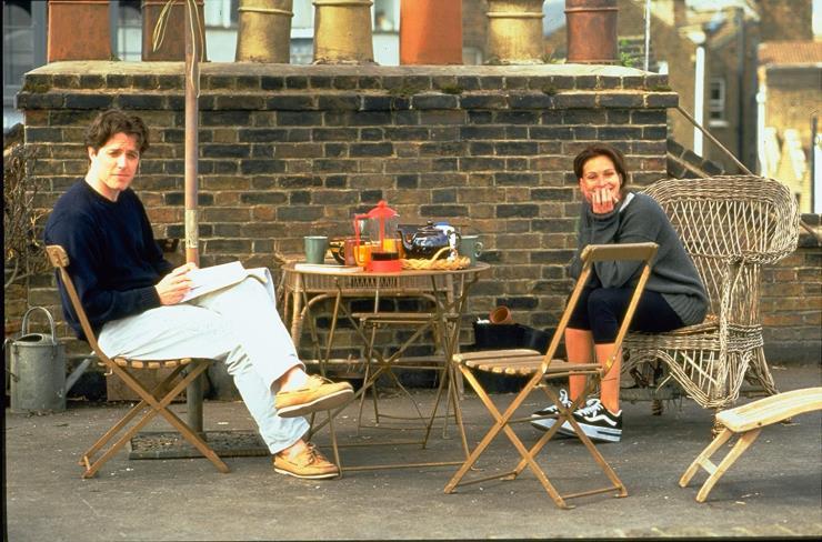1999년 영화 〈노팅힐〉에서 올드스쿨을 신은 줄리아 로버츠. @imdb.com