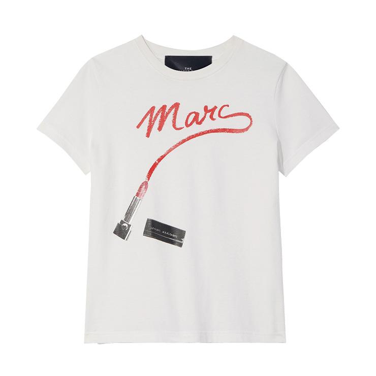 위트 있는 로고 티셔츠는 20만원, Marc Jacobs.
