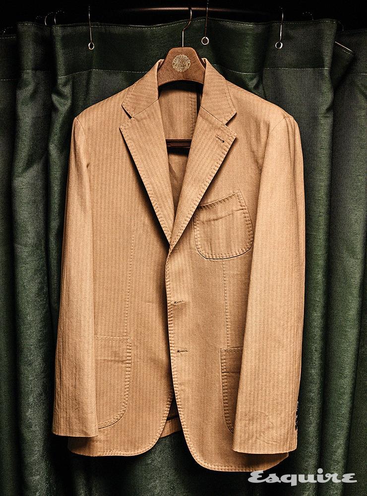 베이지 코튼 재킷 25만9000원 솔티.