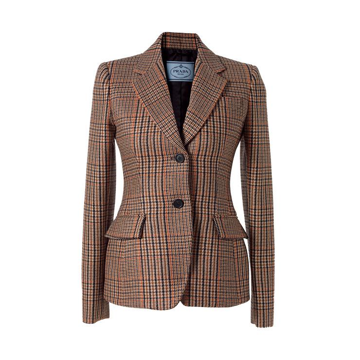 클래식한 체크 재킷은 가격 미정, Prada.